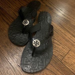 Tory Burch Thora Black Patent Thong Sandals